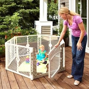#6. Toddleroo Superyard Ultimate Play Yard 6 Panels