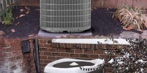 7. Foozet Winter Top Air Conditioner Cover