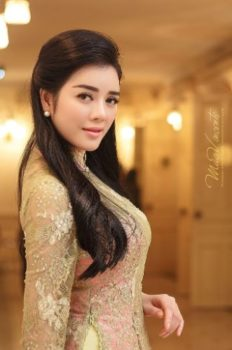 1. Ly Nha Ky Most Beautiful Vietnamese Women Star