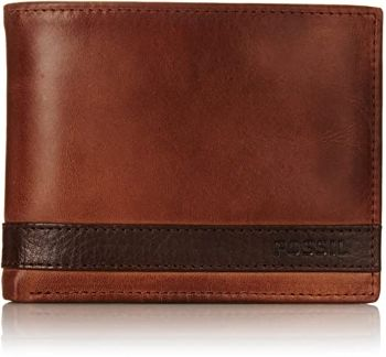 2. Fossil Men's Quinn Leather Large Coin Pocket Bifold Wallet